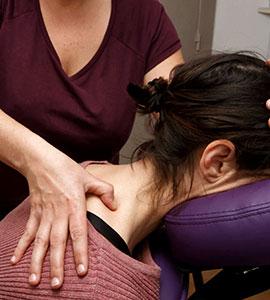 massage de la nuque