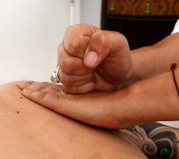 massage de l'épaule